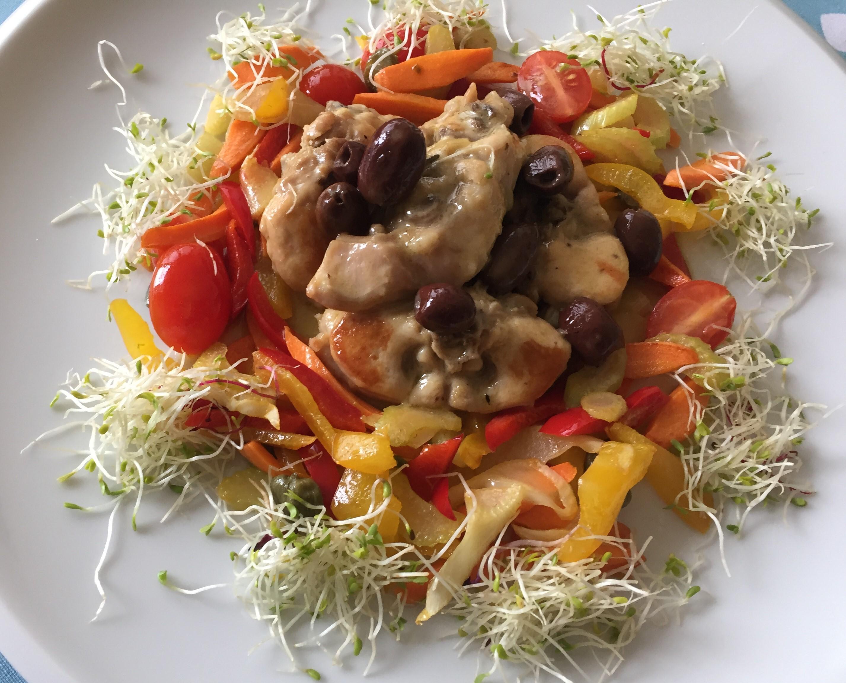 Lombatina-di-coniglio-con-olive-su-ratatouille
