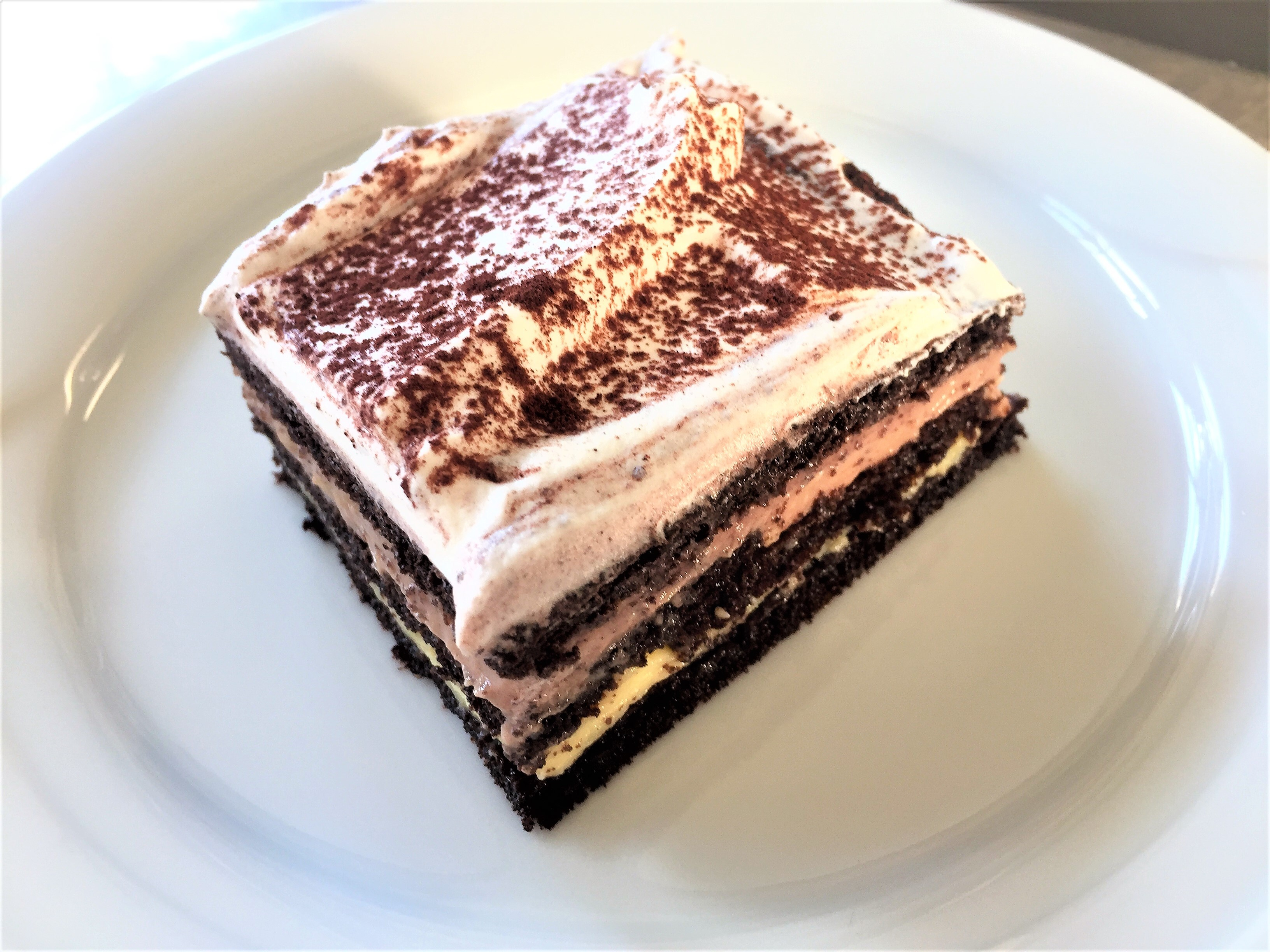 Brown torte