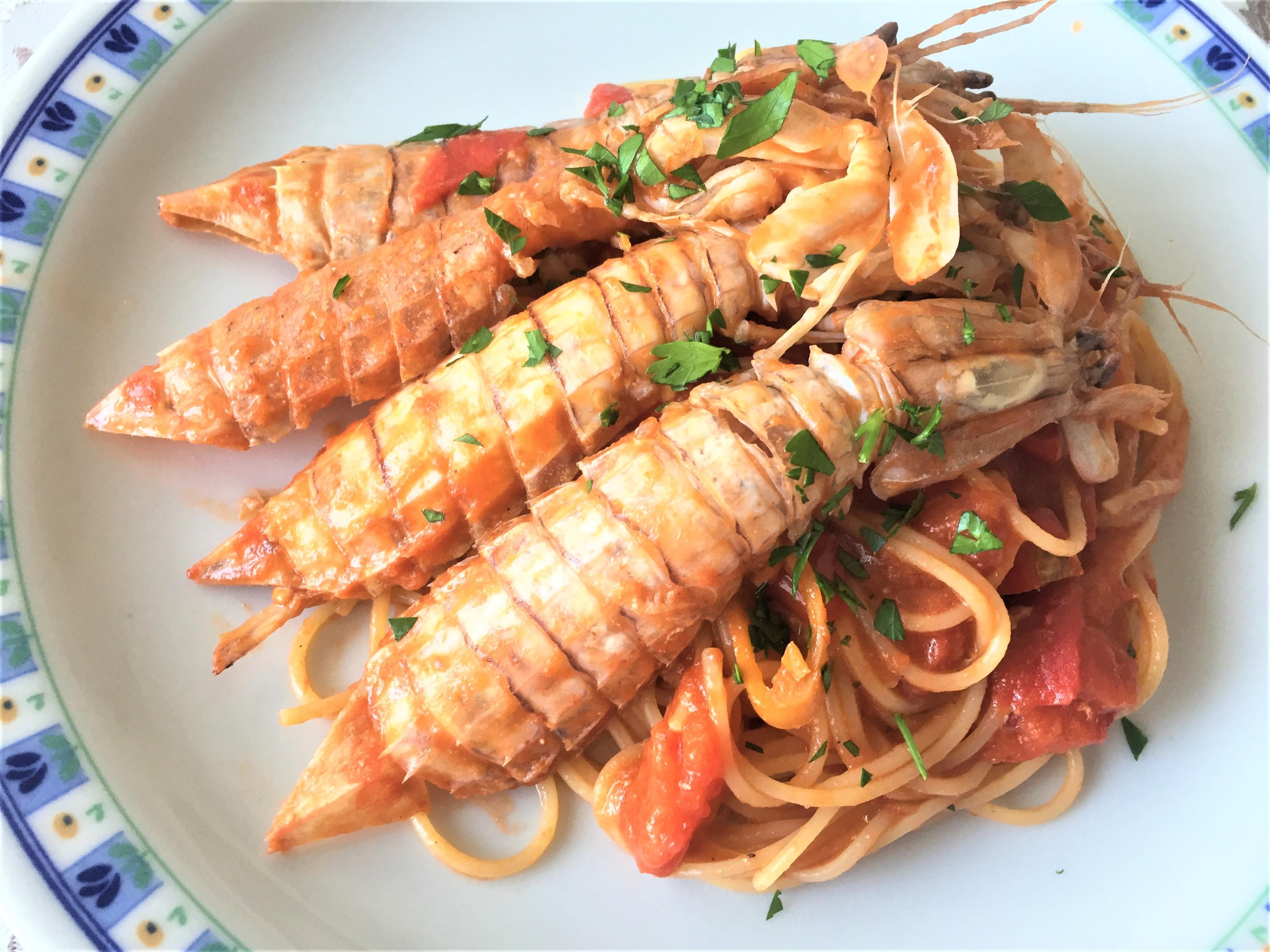 Spaghetti-con-cicale-di-mare