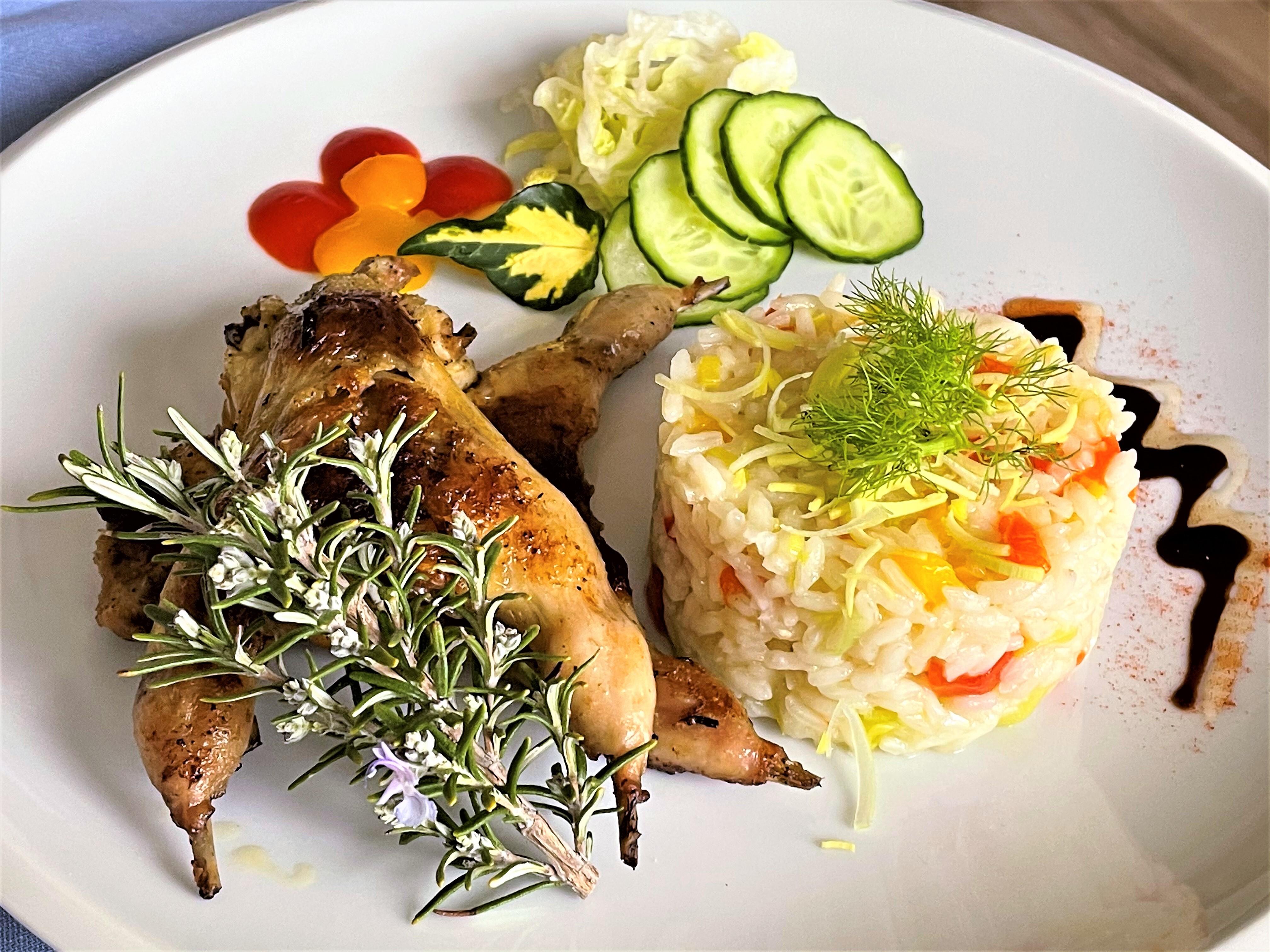 Quaglie con risotto ai peperoni