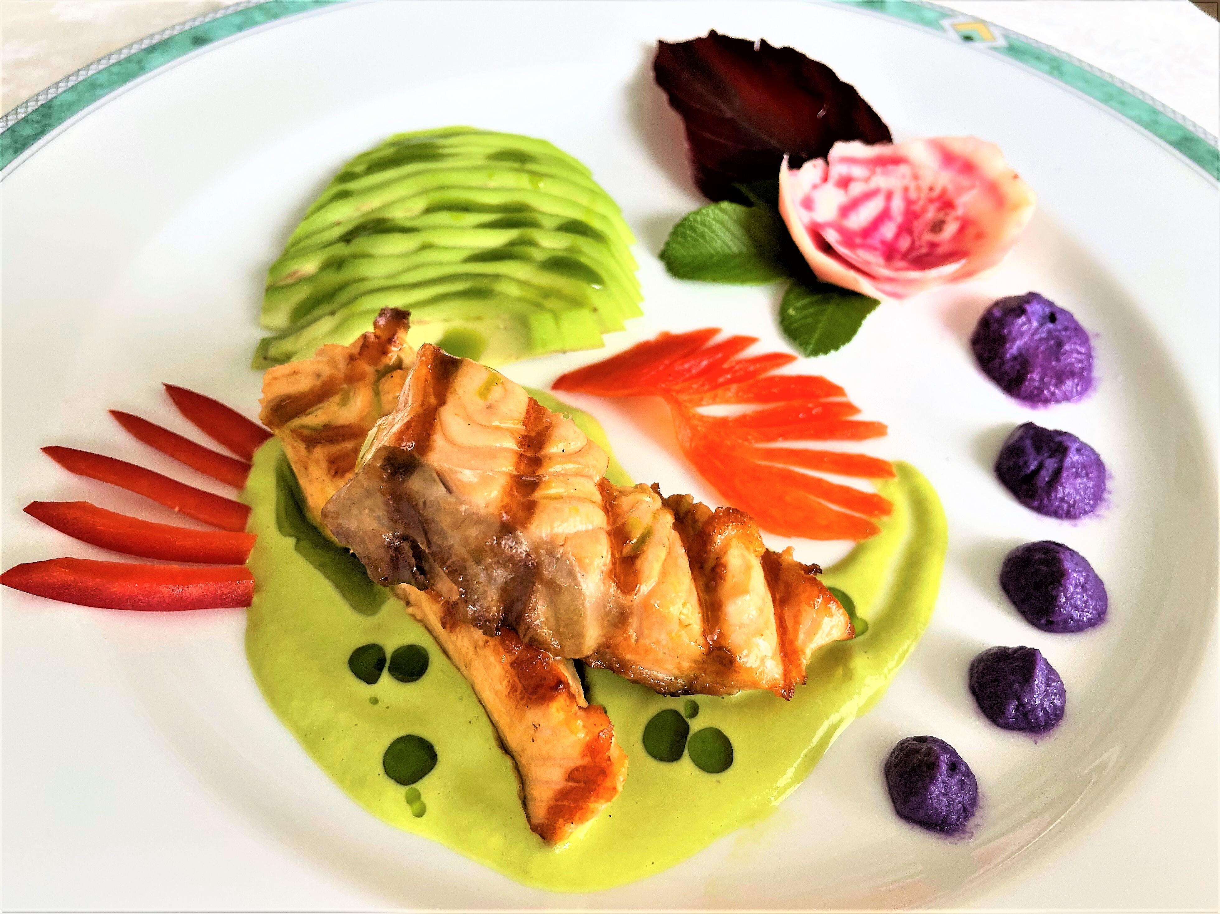 Filetto di salmone all'avocado